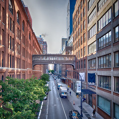 1 Sky Bridges-2 (Singing With Light) Tags: 2019 22nd a7iii mirrorless ny nyc singingwithlight sonya7iii wednesdaywalk mthehighline may morning onthewaytowork photography singingwithlightphotography sony