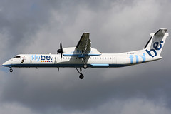 g-jecf dh8d egkk (Terry Wade Aviation Photography) Tags: dh8d egkk bee