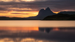 Suilven Sunset (johnkaysleftleg) Tags: suilven sunset camloch inverpolly northwesthighlands scotland calm refelctions golden evening canon760d sigmaaf1770mmf2845dcmacro