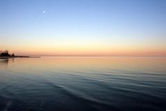Warm Winter (OzGFK) Tags: fuji fujivelvia nikkor nikon velvia velvia100 analog film landscape altona altonabeach sunset ocean tranquil serene serenity 35mm slidefilm evening dusk beach