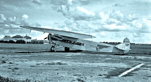 Fokker PAA airliner at Havana, Cuba 1930 [Fred. Clapp]