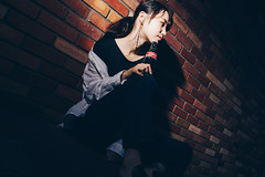 Beauty & Coke (YamatoHishino) Tags: portrait cola coke coca cocacola beauty sony a7 α7 α7ⅲ ilce7m3 japanese woman ポートレート コーラ fe コカ・コーラ コカコーラ cute girl juice art cool tamron tamron2875 lighting street