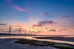 清水 | 高美濕地 (_JasonJason_) Tags: sonya7r3 sel1635gm sun sky water wetland 清水 高美濕地 taiwan taichung sunset