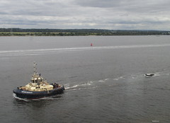 Little and Large (mickyman13) Tags: vessels tugswitzerbargate tug switzerbargate linehandlingvessel maerskgroup vessel ship boats boat ixus150 canon canonixus150 southampton