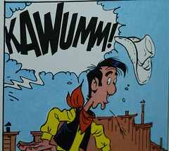 KAWUMM! (Elisabeth patchwork) Tags: comic text printedword luckyluke sigma sigmasdquattro sigma105mm