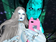 Let us take a self 81119_004 (Justine Flirty) Tags: pixicat moonhair empty chaos sl outfits color elemental skins