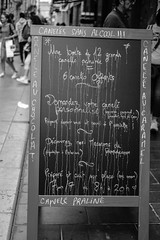 DSCF2787 (LexomIA) Tags: bordeaux street urbain bw nb streetphotography