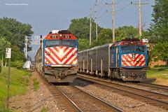 Dualing '13s (tim_1522) Tags: railroad railfanning rail illinois il metra bnsf burlingtonnorthernsantafe bn burlingtonnorthern racetrack chicago sub subdivision passenger commuter f40ph3 f40phm2