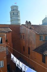 Pisa, Tuscany (Williams5603) Tags: city italy tower italia pisa tuscany leaning washing leaningtowerofpisa cathedral duomo belltower citywall