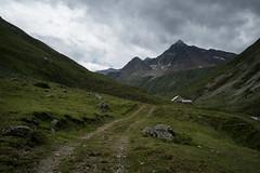 Alp Prüna @2267 metres (Toni_V) Tags: m2401459 rangefinder digitalrangefinder messsucher leica leicam mp typ240 type240 28mm elmaritm12828asph hiking wanderung randonnée escursione alps alpen alpprüna fuorclamuragl graubünden grisons grischun engadin engiadinota oberengadin landscape clouds sky summer sommer switzerland schweiz suisse svizzera svizra europe ©toniv 2019 190910 analogefexpro2 niksoftware valprüna pizlanguard