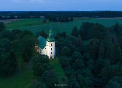 Karksi Peetri kirik (BlizzardFoto) Tags: karksipeetrikirik karksichurchofstpeter karksi kirik church öösel atnight valgustatud illuminated droonifoto aerofoto dronephotography aerialphotography