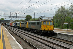 86639 86607 66532 Northampton (CD Sansome) Tags: northampton station wcml west coast main line 86 cans freightliner 86639 86607 66532 66 4m87 felixstowe north trafford park