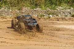 Mit dem XMaxx in der Kiesgrube. (Andreas Stamm) Tags: rc traxxas xmaxx kiesgrube schlamm schlammschlacht mud auto car