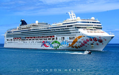 Norwegian Pearl (Lyndon Henry) Tags: norwegian pearl castries stlucia cruise lines sea ocean travel vacation holiday ncl