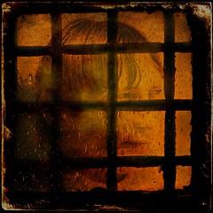 La porte du pénitencier. (*Jost49* (Off)) Tags: porte door lucarne dormer grille grid judas portrait crépuscule dusk texture montage
