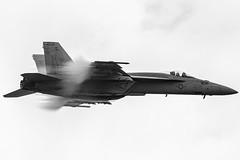 Super Hornet Vapour (C McCann) Tags: abbotsford airshow cyxx yxx international airport bc britishcolumbia fa18 fa18e superhornet demo vapour