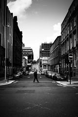 Glasgow's beauty (gato-gato-gato) Tags: apsc caledonia eu europa europe ferien fuji fujifilmx100f glasgow reisen schottland scotia scotland scozia sommer travel urlaub westhighlandway x100f autofocus gatogatogato holiday pointandshoot summer trip wwwgatogatogatoch écosse шотландия black white schwarz weiss bw monochrom monochrome blanc noir streetphotography street strasse strase onthestreets streettogs streetpic streetphotographer mensch person human pedestrian fussgänger fusgänger passant schweiz switzerland suisse svizzera sviss zwitserland isviçre zuerich zurich zurigo zueri fujifilm fujix x100 x100p digital