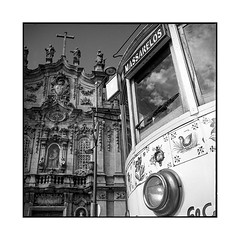 2 idles • porto, portugal • 2019 (lem's) Tags: 2 idoles idles tramway cable car church eglise porto portugal rolleiflex t massarelos