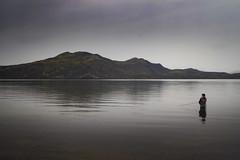 Sjómaður (ponzoñosa) Tags: fisherman sjómaður iceland islandia lake vant fog rain mountain lago percar pescador saga