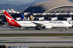 Qantas | Boeing 787-9 | VH-ZNA | Los Angeles International (Dennis HKG) Tags: qantas australia qfa qf aircraft airplane airport plane planespotting oneworld canon 7d 100400 losangeles klax lax boeing 787 7879 boeing787 boeing7879 dreamliner vhzna