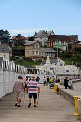 Quiberville-sur-Mer - La Digue promenade (Philippe Aubry) Tags: normandie seinemaritime paysdecaux côtedalbâtre valléedelasaâne quibervillesurmer plage jetée digue diguepromenade