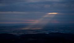sun spot (Deutscher Wetterdienst (DWD)) Tags: wetter weather wolken clouds sonnenfleck sunspot sonnenstrahlen sunbeams wolkenstrahlen cloudbeams