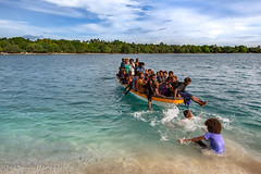 Locals having fun on the boat on the remote Mioko Island, Papua New Guinea, July 2019 (Catherine Gidzinska and Simon Gidzinski) Tags: 2019 eastnewbritain island mioko miokoisland ocean png papuanewguinea adventure beach boat clearwater colour colourful crystalclearwater gidzinska gidzinski grainconnoisseur green indigenous islanders jungle palm panorama panoramic peaceful remote sand village water ngc papua