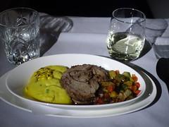 201908008 BA174 JFK-LHR dinner (taigatrommelchen) Tags: 20190831 flyingmeals airplane inflight meal food dinner business baw britishairways ba174 b747400 gcive jfklhr