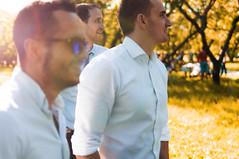 _IGP7032 (Alex Strekal) Tags: friends life guys yellow moscow kolomenskoye smile walk park wedding report lights sunny pentax k20d москва lens flare lightning коломенское парк свадьба прогулка друзья солнце свет май may friendship дружба любовь love lovers happy happiness счастье щастие