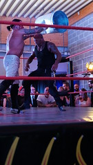 2019-08-10_22-53-36_ILCE-6500_DSC09373 (Miguel Discart (Photos Vrac)) Tags: 2019 60mm belgie belgique belgium bodyzoi bodyzoiwrestling catch celebritie celebrities combatdelutte destroyer e2875mmf2828 extremematch focallength60mm focallengthin35mmformat60mm frameries highiso homme ilce6500 iso6400 lutte man men messieurs monsieur personneconnue personnescelebres personnesconnues pierreboosterfontaine socatchhal sony sonyilce6500 sonyilce6500e2875mmf2828 sport wrestling wrestlingmatch