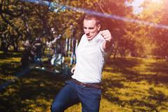 _IGP7048 (Alex Strekal) Tags: friends life guys yellow moscow kolomenskoye smile walk park wedding report lights sunny pentax k20d москва lens flare lightning коломенское парк свадьба прогулка друзья солнце свет май may friendship дружба любовь love lovers happy happiness счастье щастие