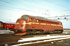 NSB Di 3 602 (Stig Baumeyer) Tags: norgesstatsbaner nsb nsbdi3 di3 diesellokomotiv diesel diesellocomotive diesellokomotive diesellok nohab nohabgm nydqvistholm trollhättan trondheim generalmotors gm gm16567 emd electromotive marienborg