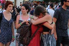 adios amiga (archgionni) Tags: artistiinpiazza marche italy gente people ragazze girls divertimento fun felicità happyness colori colors thisphotorocks