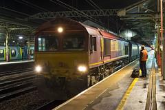 66116 Crewe 6L85 10/08/2019 (Waddo's World of Railways) Tags: 66116 66 ews shed gm loco locomotive rail railway train freight class66 crewestation crewchange night freighttrain 6l85