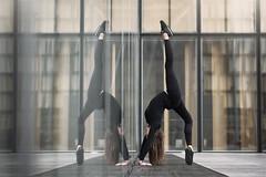 (dimitryroulland) Tags: nikon d750 85mm 18 dimitryroulland paris france bnf urban street city performer art artist gym gymnast gymnastics pointe dance dancer flexible people flexibility