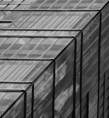 Inside squares (aurel_grand) Tags: nb bw black white noir blanc noirblanc blackwhite geometry géométrie géométrique architecture moderne abstrait abstraction immeuble building extérieur outside forme abstract shape business district quartier affaires square carré allemagne germany deutschland
