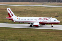 D-ABDL (PlanePixNase) Tags: aircraft airport planespotting haj eddv hannover langenhagen airberlin airbus 320 a320