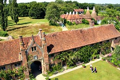 Sissinghurst (Peter Denton) Tags: architecture library oasthouse sissinghurst kent summer vitasackvillewest haroldnicolson literature writer diplomat politician nationaltrust ©peterdenton canoneos100d openmarriage