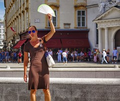 Vienna Wien - Follow the Guide (Oliver Kuehne) Tags: guide vienna wien austria sonyrx100m2 april 2019 street hofreitschule ´spanischehofreitschule followtheguide