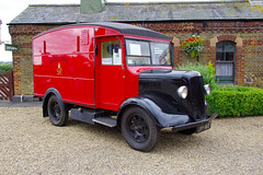 Photo of 1946 Morris Commercial LC3 Royal Mail Van
