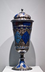 Cerimonial cup, probably produced by Parisian Silversmiths, with decoration inspired by Islamics stuccoes and North African enamelwork (Paris, France 1890-1900)