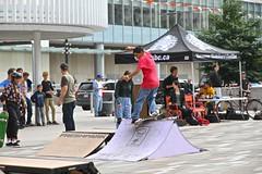 feeble (VIVA_Vancouver) Tags: vivavancouver cityofvancouver vancouverskateboardcoalition šxʷƛ̓ənəqxwtle7énḵsquare vancouverartgallery robsonsquare vancouverbc downtownvancouver undertoeskateboardacademy skateboard skate