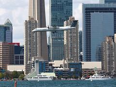 Porter Airlines / De Havilland Canada Dash 8-400 / C-GKQB (vic_206) Tags: porterairlines dehavillandcanadadash8400 cgkqb
