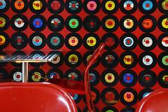 RPM 45 (emerge13) Tags: 45rpm 50s charlevoix charlevoixquébec québec records red vintage vintagesnackbar disques music