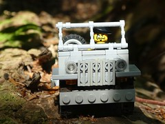 Scar (captain_j03) Tags: toy spielzeug 365toyproject lego minifigure minifig moc car auto jeep 6wide willysjeep