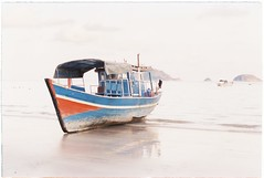 (grousespouse) Tags: vietnam 35mm analog film nikonf3 nikonseriese28mmf28 vision2 kodakvision50d analogue asia condao island argentique white colorfilm colourfilm cinematic filmphotography retro vintage pastel fade travel tropical vibes boat beach ocean wideangle croplab grousespouse 2019