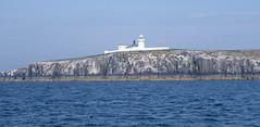 Inner Farne lighthouse (Mackay) Tags: farne james sea lighthouse
