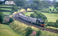 S&D 7F At Long Preston. (Neil Harvey 156) Tags: steam steamloco steamengine mainlinesteam railway 53809 longpreston airevalley thewestyorkshireman sdjr7f280 somersetdorsetjointrailway7f sd7f 7f fowler7f lms fowler