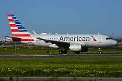 N9025B (American Airlines) (Steelhead 2010) Tags: americanairlines airbus a319 a319100 yyz nreg n9025b