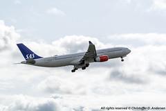 LN-RKU (12) (Christoffer Andersen) Tags: sas scandinavianairlines sasnewcabin airbus a330 a330300e osl osloairportgardermoen gardermoen passengerplane airplane aircraft planespotting